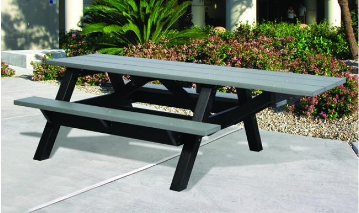 Table de pique nique accessible